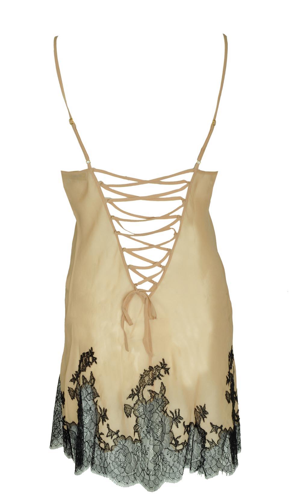 Marjolaine Slip-Dress Hinten Geschenkidee zu Weihnachten